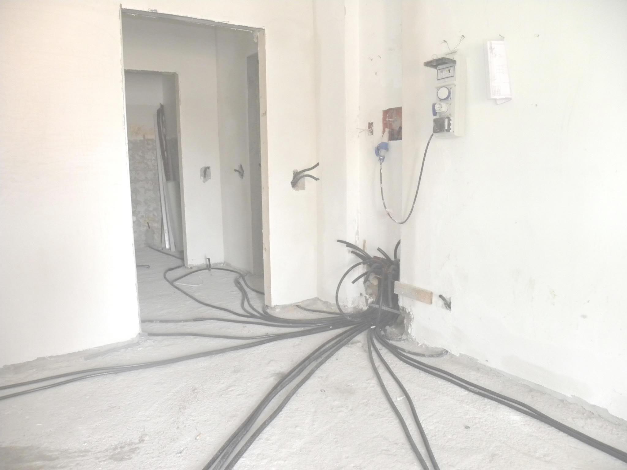 Quanto costa ristrutturare appartamento roma - Costo medio ristrutturazione bagno ...